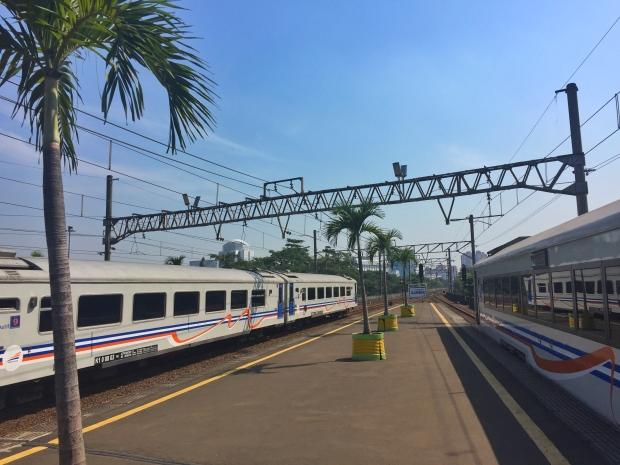train_gambir